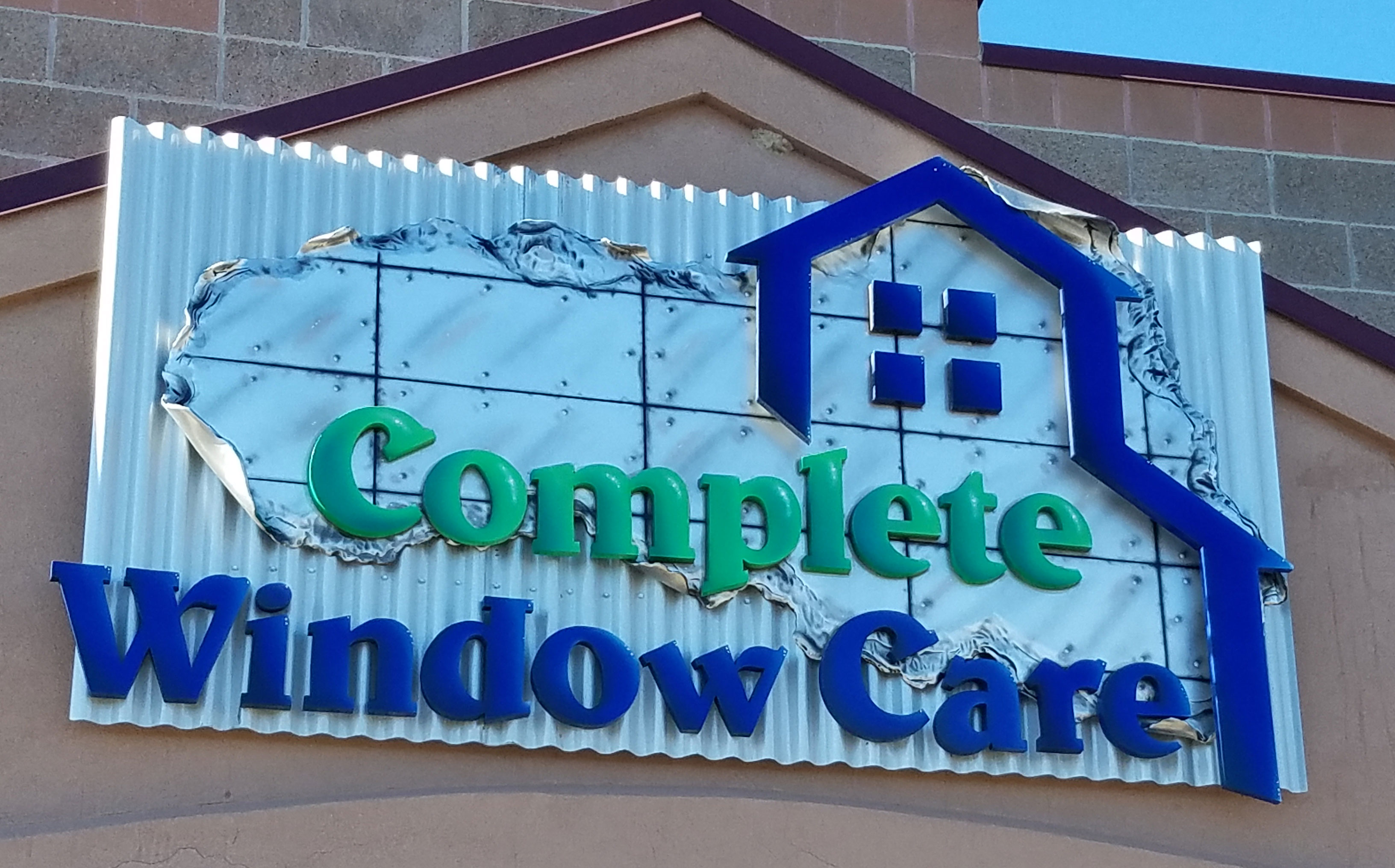 Complete windows sign