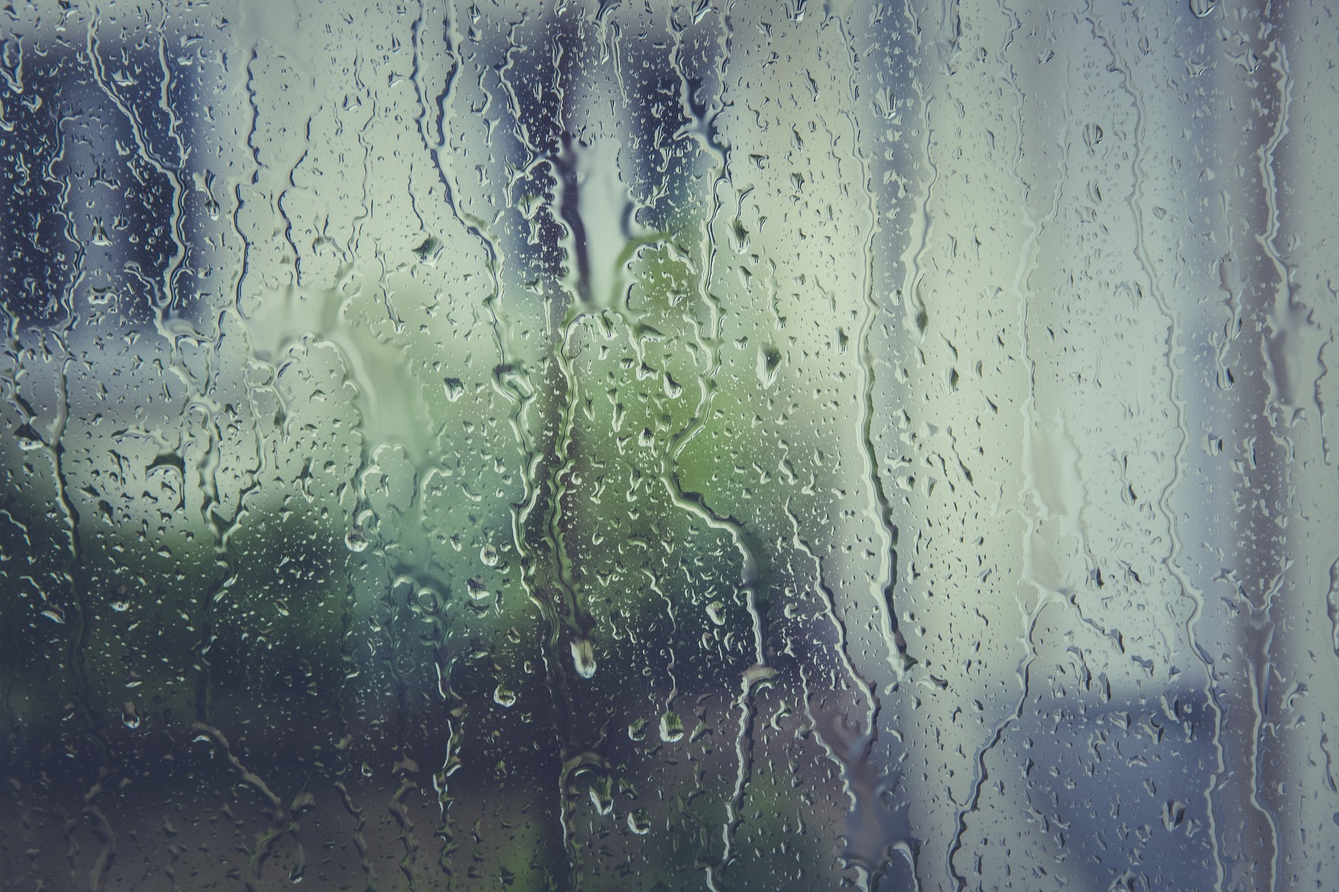 water between the panes of glass